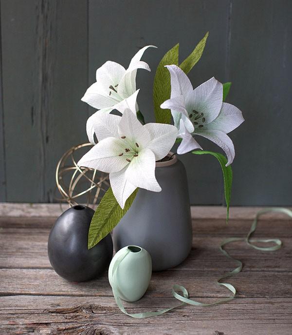 Cách làm hoa bằng phế liệu