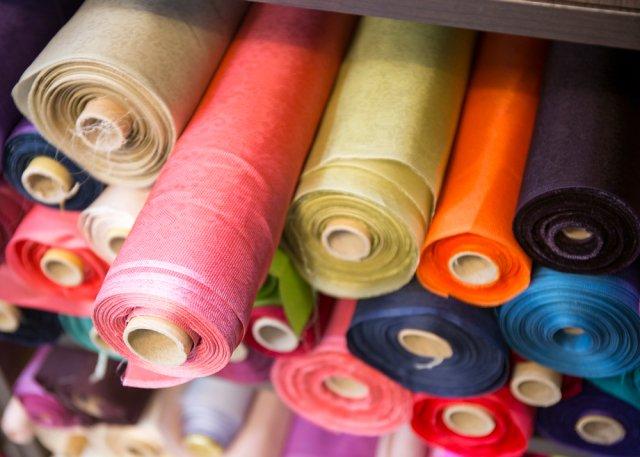 Thu mua phế liệu vải vụn vải nguyên cây vải tồn kho giá cao nhất miền Nam - Phế liệu Quang Đạt