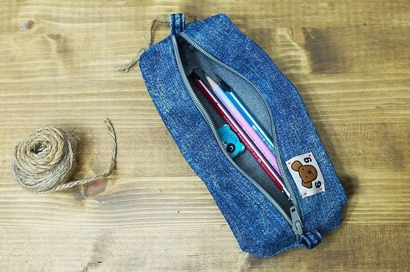 Tái chế quần jeans thành những chiếc ví đẹp đẻ xinh xắn - Công ty Phế liệu Quang Đạt