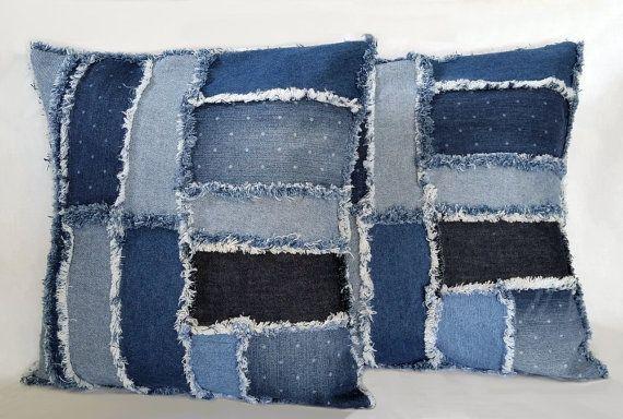 Tái chế quần jeans thành những thành những vỏ gối - Công ty Phế liệu Quang Đạt